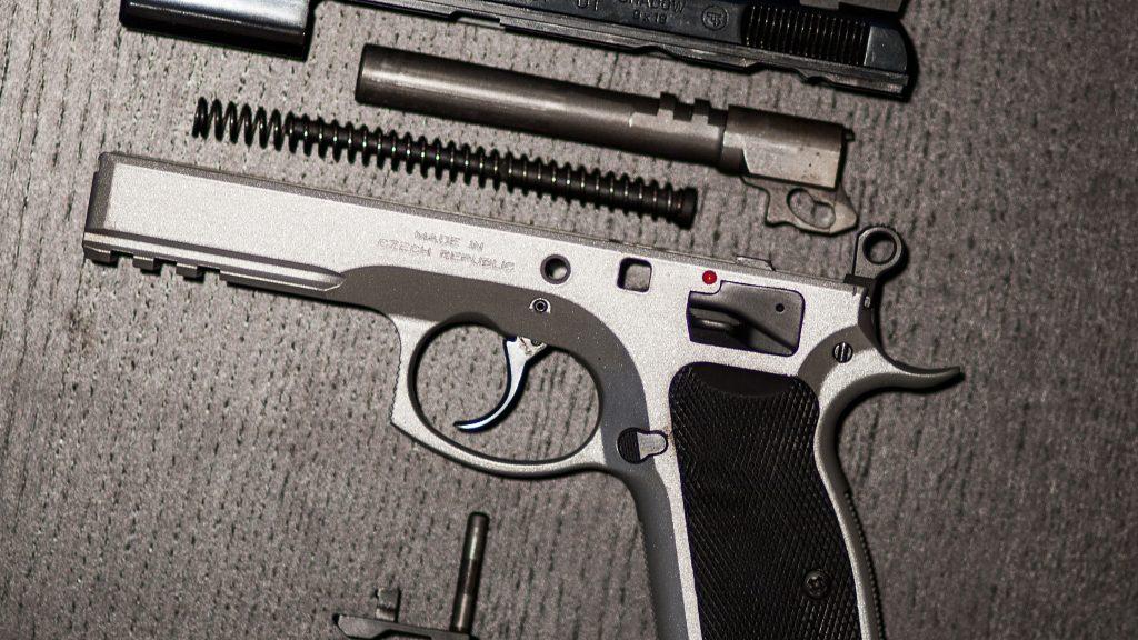 Demontert CZ 75 SP-01 Shadow