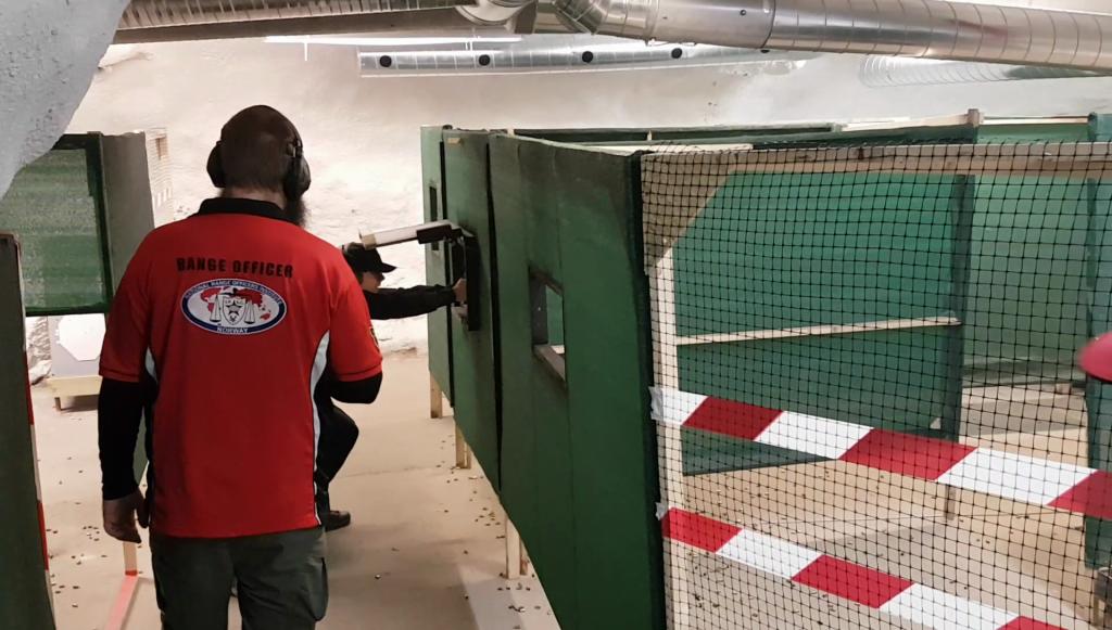 Dynamisk sportsskyting innendørs i Moss